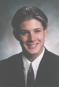 不確定是不是高中時期的 Jensen