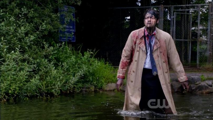 走進湖中打算自我了結的 Castiel