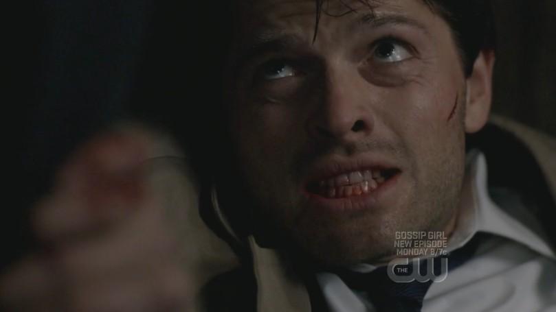 為了不讓 Castiel 帶走寶貝女兒,Jimmy 再次懇求 Castiel 附在他的身上,這一段看了很心酸