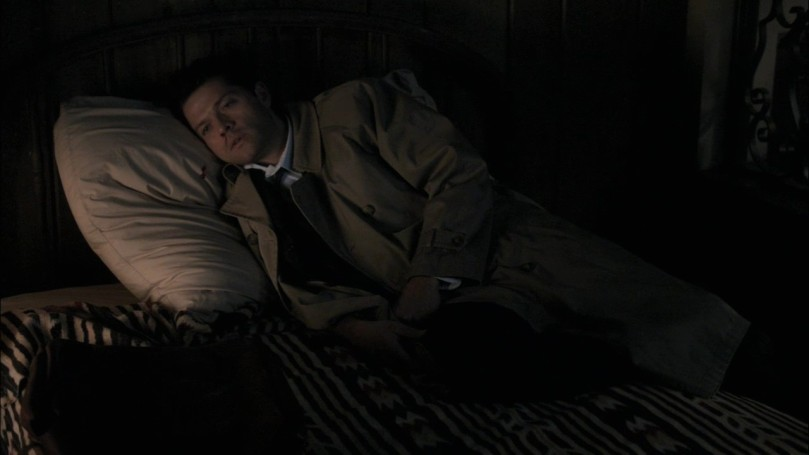 受了重傷躺在床上像條無辜小死魚的 Castiel