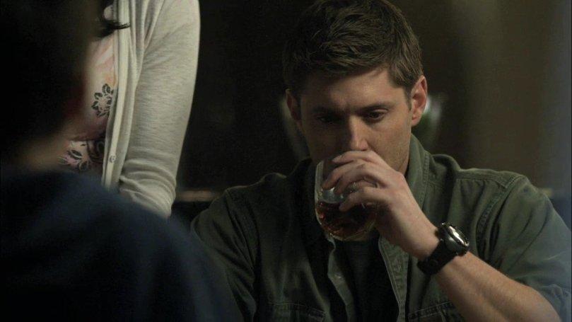 依照約定來到 Lisa 家的 Dean,怎麼樣也快樂不起來