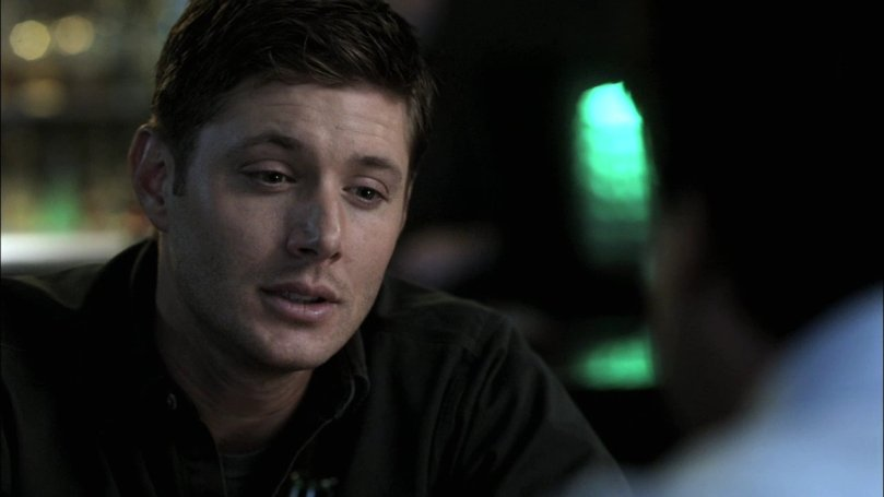 只會在酒吧跟男人聊聊天喝喝小酒的專情 Dean