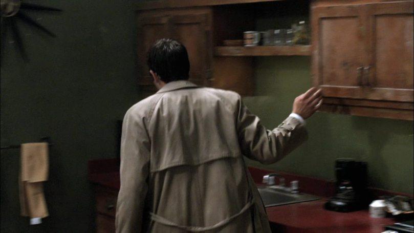 東翻西找又心浮氣躁的 Castiel