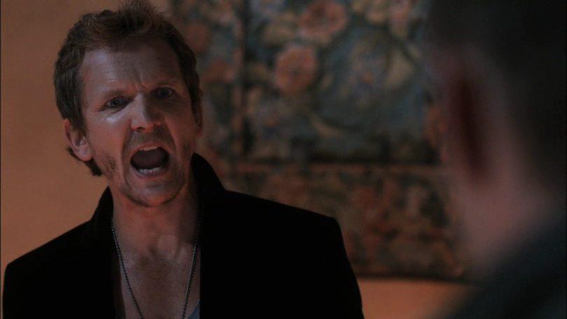 你這可惡骯髒愚蠢又討人厭的沒有毛的死人猿!你把我的 Cassy 搶走我還沒跟你算帳,你現在居然用聖火搞我!?