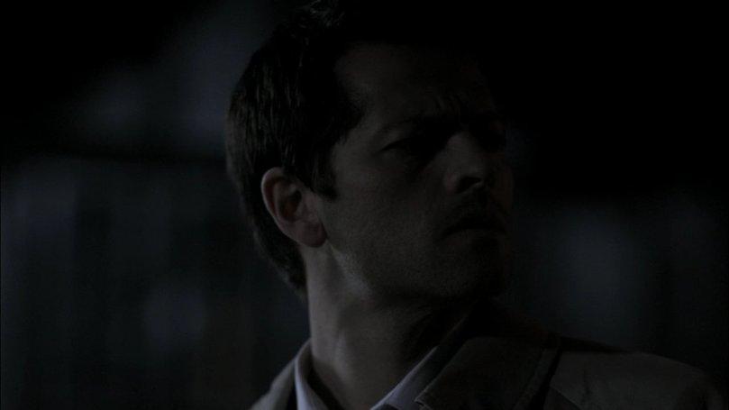 Castiel 完全無法理解為甚麼復活後的 Sam 不願意進去找 Dean