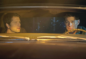 Supernatural 7x17 First Look - Misha Collins returns Supernatural as Castiel