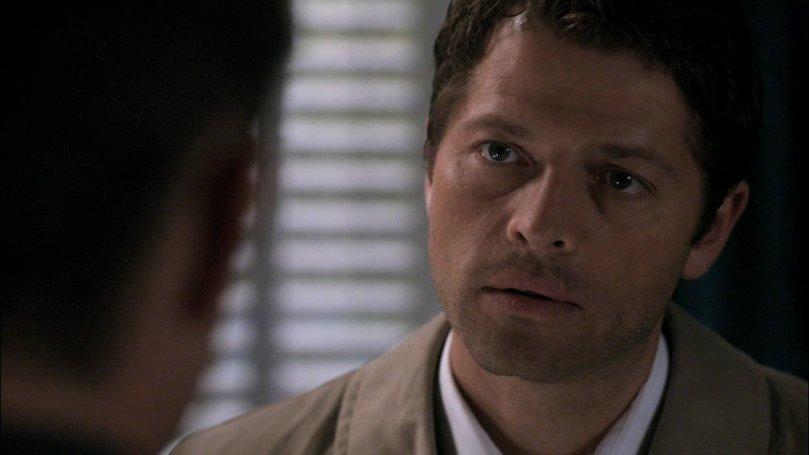 好壓抑的一張臉,他為甚麼要這麼堅持一個人扛所有的事情啊?