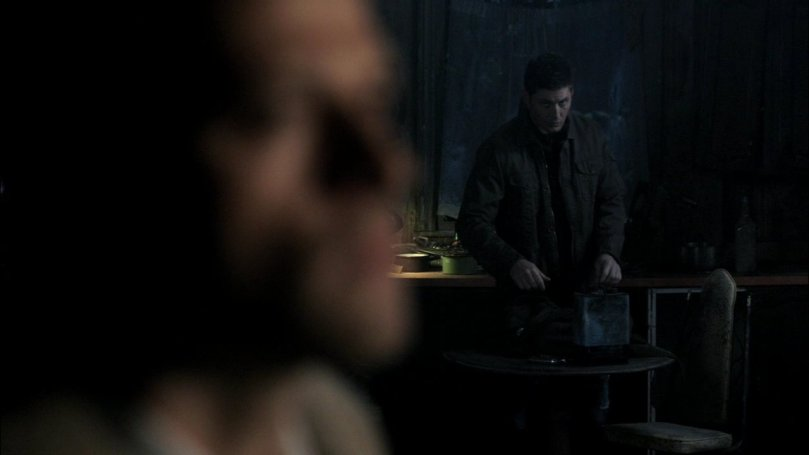 Cas,你是有話想對我說嗎?你那張臉實在是藏不住任何秘密ㄟ~這裡只有我們倆個人,你要告白我也沒意見噢!說吧!