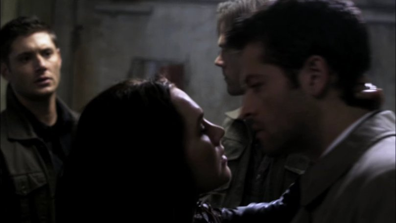 Dean: !!!!???(眼神完全落在 Castiel 上)