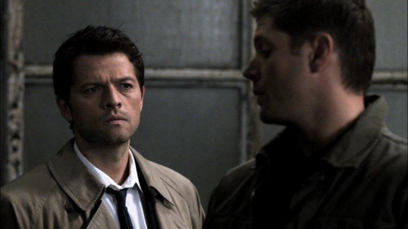 """Dean: 這個女人跑真快,我本來還打算殺她之前先讓你""""享受""""個幾分鐘。 Castiel: 幹嘛要這樣?"""