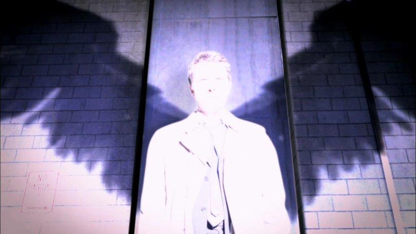 這是 Castiel 第二次在 Dean 面前亮出自己的大翅膀