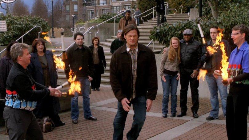 Sam: 呀~~救命!好可怕!!!(超可愛的 Sammy)