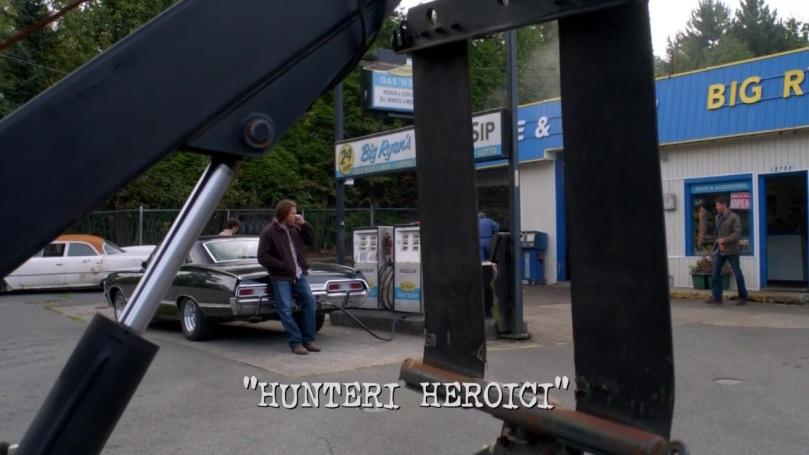 Dean 一路走出來一雙眼睛還是離不開 Castiel 所在的方向