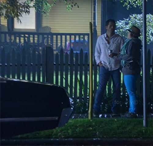 工人 Castiel 和帥氣的 Impala 屁股!