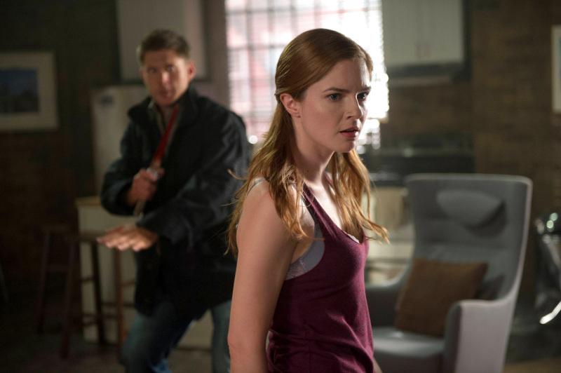 Castiel 已經不見了呦!不知道是不是在 Dean 的掩護下被 E 天使救走了