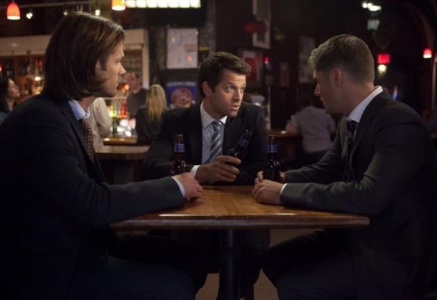 Castiel 你看到 Dean 就笑這麼燦爛喔...