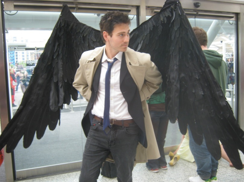 這就是那張讓我看了覺得驚為天人的照片,其實他不是穿西裝褲但是看起來還是一整個搭 (source: http://carry-on-my-wayward-jean.tumblr.com)