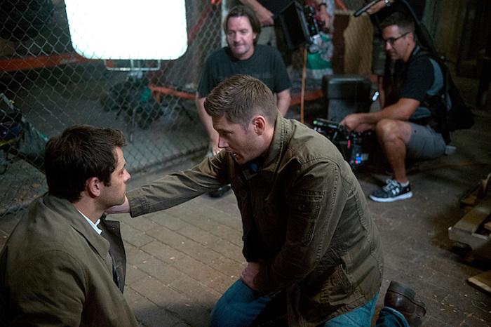 看不太出來這到底是導演 Jensen 還是 Dean?